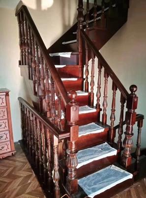 烟台中式室内楼梯
