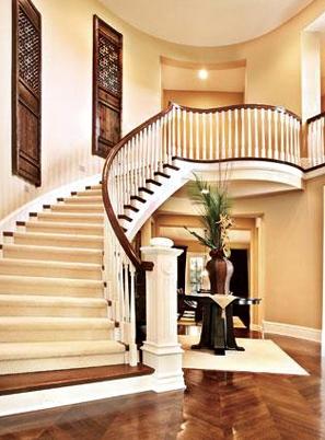 烟台美式家用实木楼梯