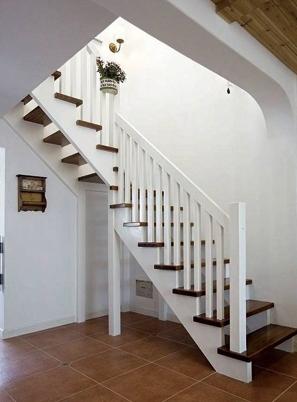 烟台田园实木楼梯定做