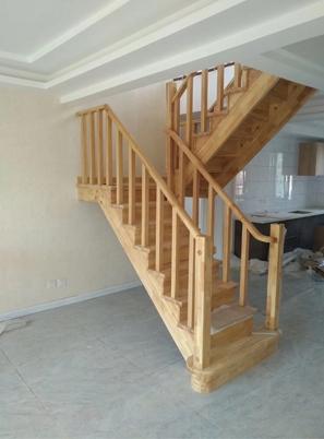 烟台家用实木楼梯