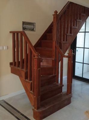 烟台实木楼梯定做