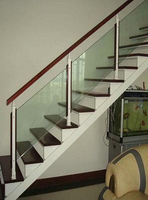 烟台玻璃楼梯扶手